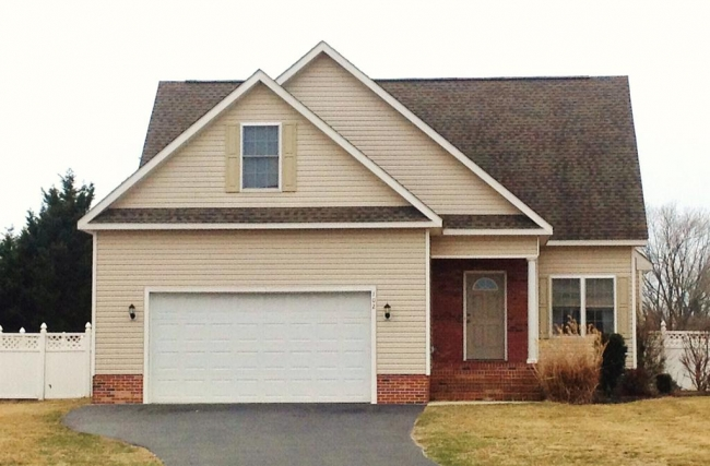 Contemporary ranch home in Fruitland MD Meadow Bridge community.