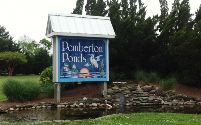 Entrance to Pemberton Ponds in Salisbury MD